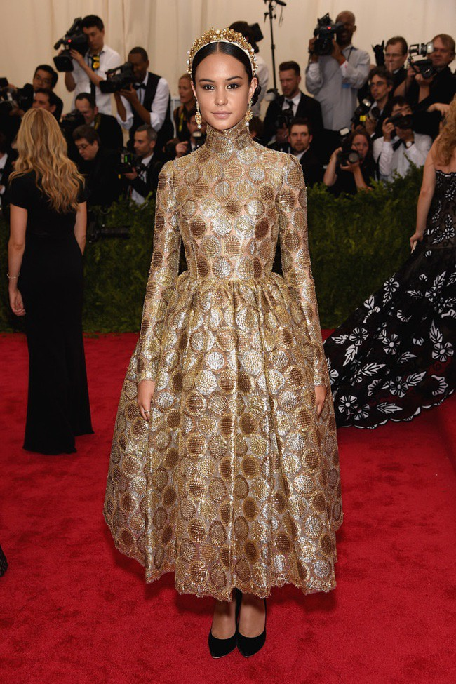 WTFSG_2015-met-gala-red-carpet-style_courtney-eaton
