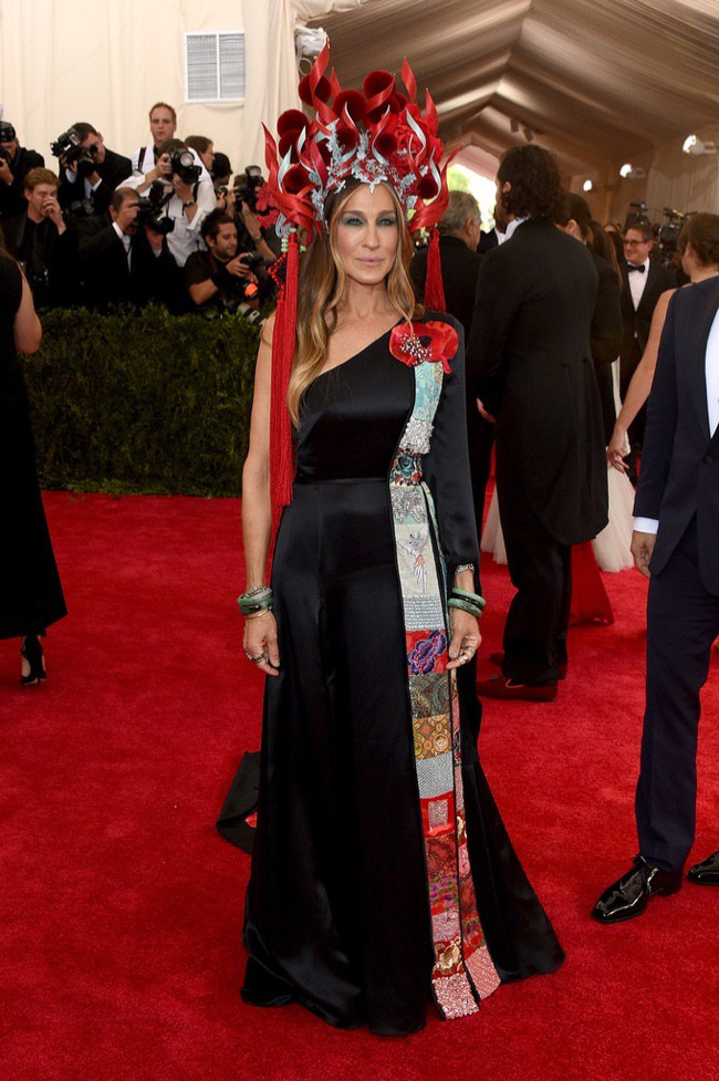 WTFSG_2015-met-gala-red-carpet-style_sarah-jessica-parker
