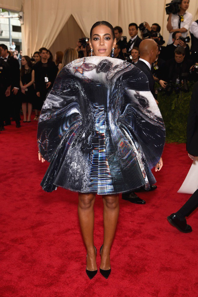 WTFSG_2015-met-gala-red-carpet-style_solange-knowles