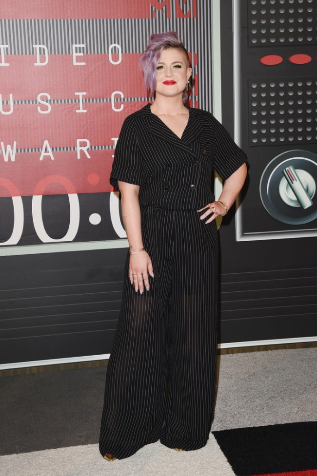 WTFSG_2015-mtv-video-music-awards-style_Kelly-Osbourne