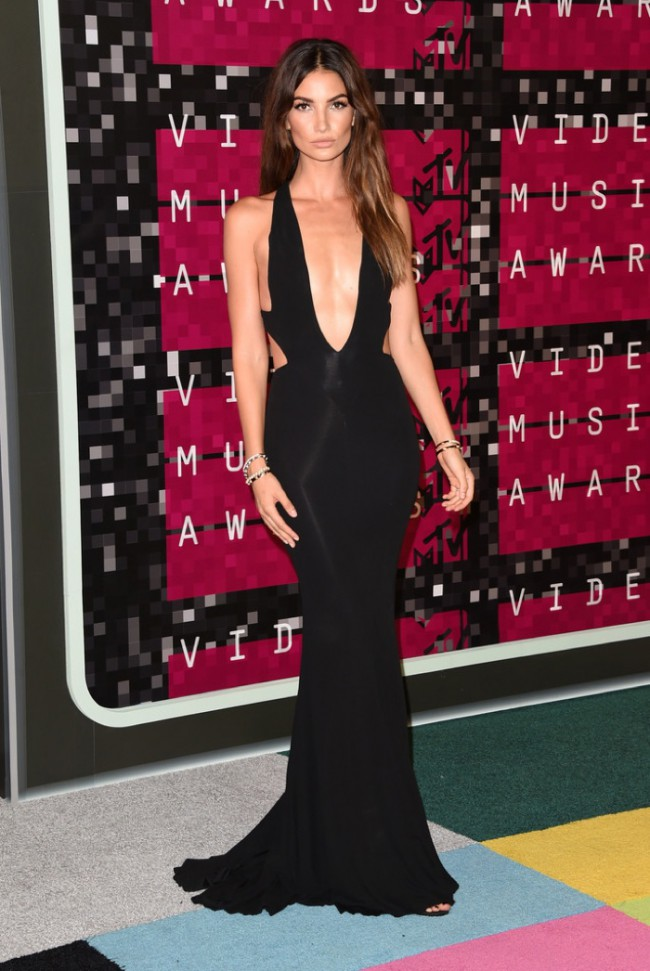 WTFSG_2015-mtv-video-music-awards-style_Lily-Aldridge