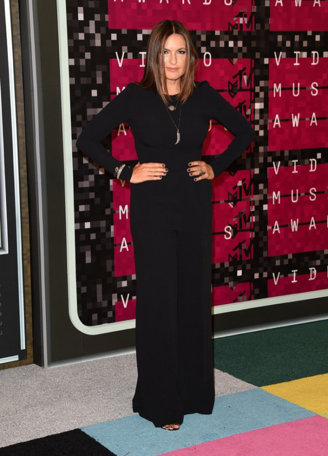 WTFSG_2015-mtv-video-music-awards-style_Mariska-Hargitay