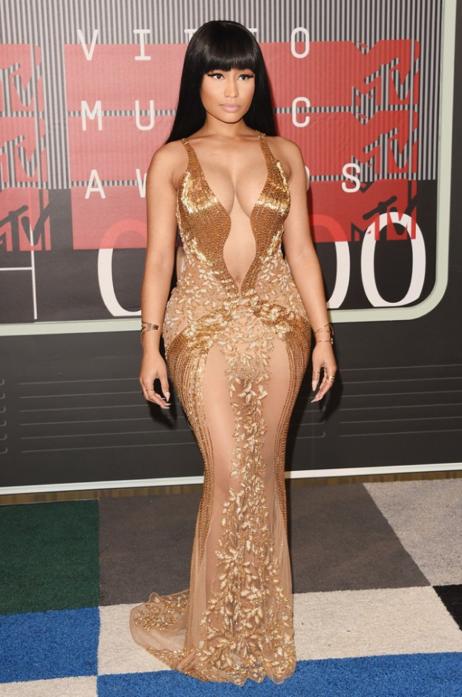 WTFSG_2015-mtv-video-music-awards-style_Nicki-Minaj