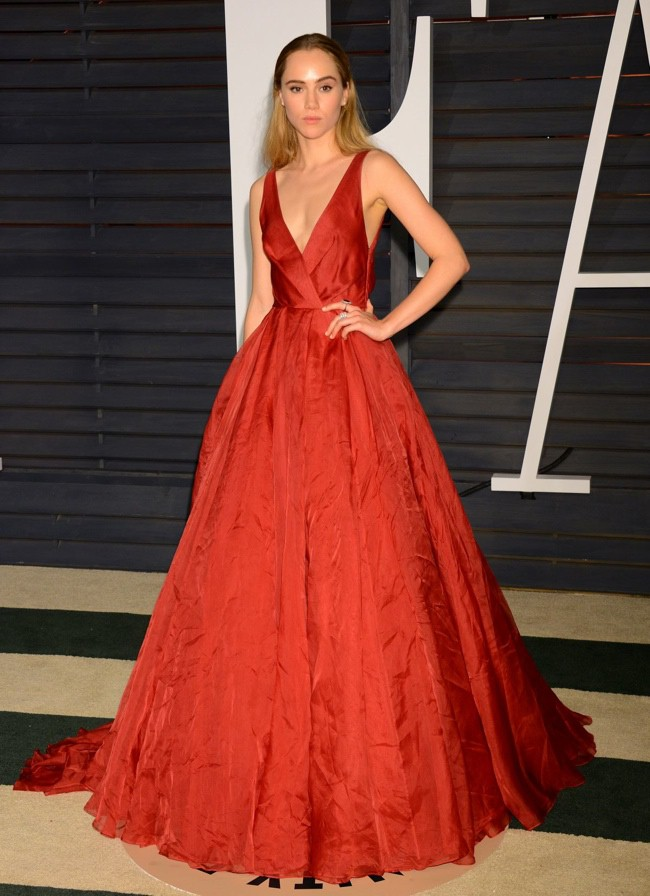 WTFSG_2015-vanity-fair-oscars-party_suki-waterhouse