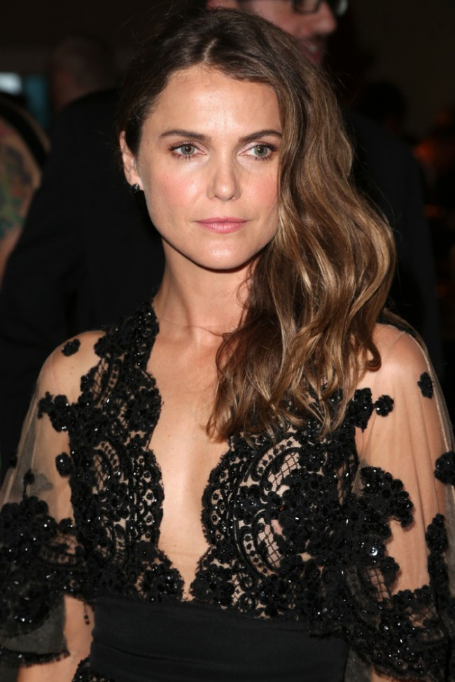WTFSG_Keri-Russell-TCA-Awards-2015-Black-Dress_2