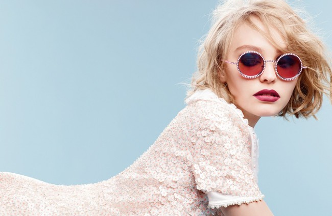 WTFSG_chanel-fall-winter-2015-pearl-eyewear_lily-rose-depp_1