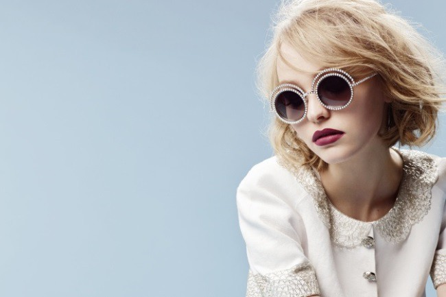 WTFSG_chanel-fall-winter-2015-pearl-eyewear_lily-rose-depp_2