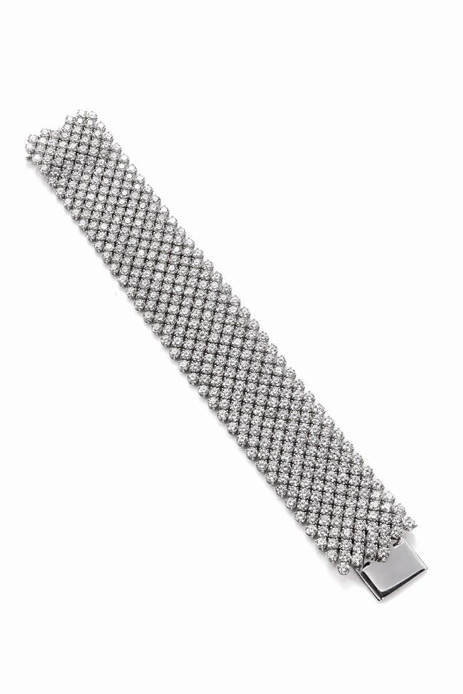 WTFSG_charlize-theron-harry-winston_bracelet