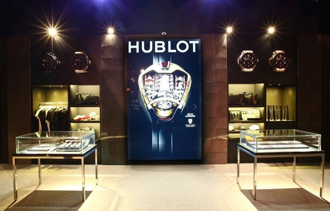 WTFSG_hublot-creates-big-bang-singapore_6
