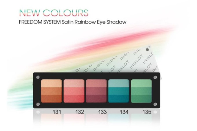 WTFSG_inglot-Colour-Play-Satin-Rainbow-Eyeshadow