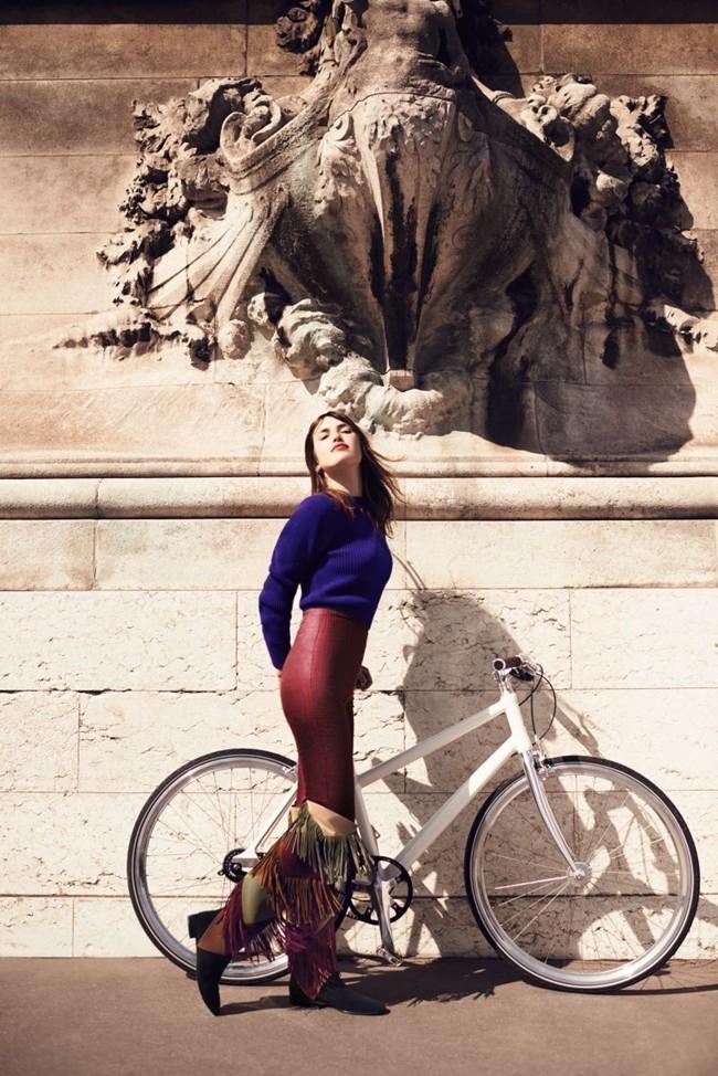 WTFSG_jeanne-damas-new-face-roger-vivier-autumn-winter-2015_5