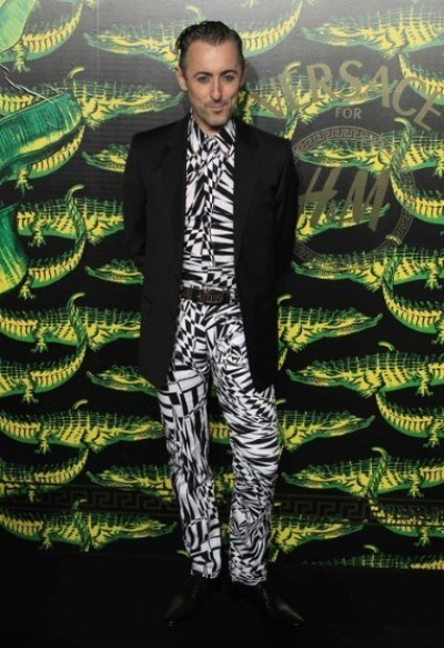 WTFSG_new-york-runway-the-versace-for-hm-collection_Alan-Cumming
