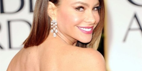 WTFSG_sofia-vergara-5m-harry-winston-jewelry-golden-globes-2012