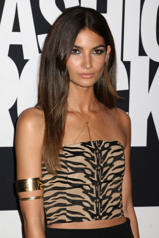 WTFSG_top-models-dark-brown-hair_Lily-Aldridge