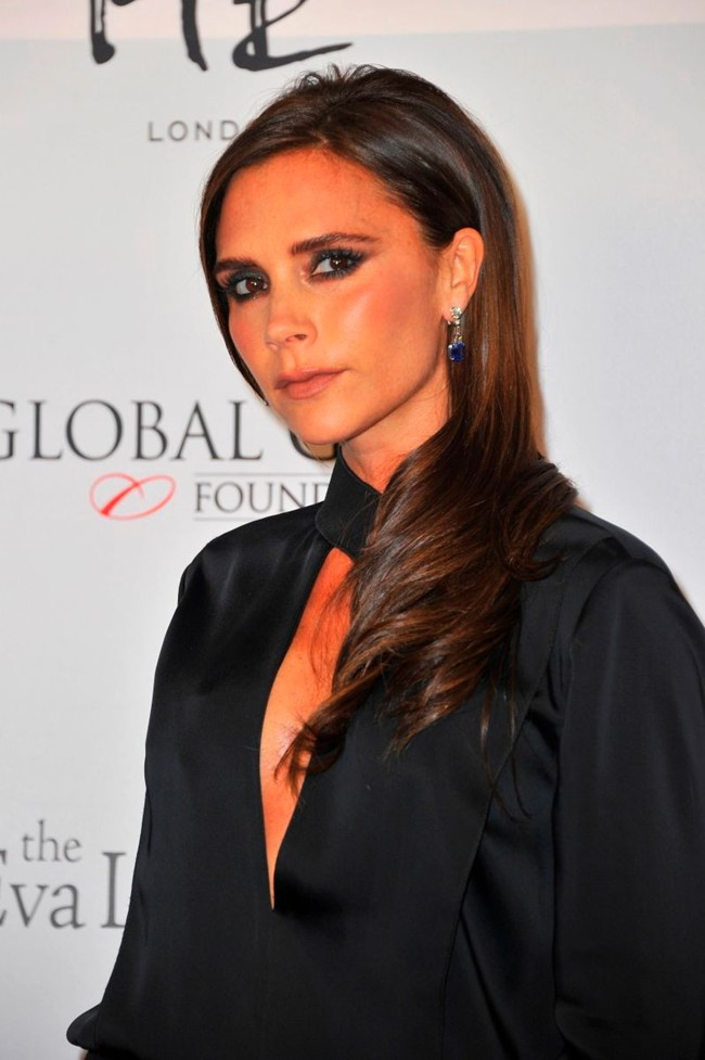 WTFSG_victoria-beckham-harry-winston-jewelry-2013-london-global-gift-gala