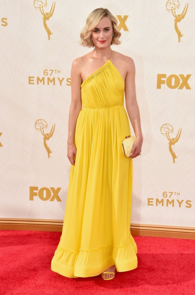 WTFSG_Taylor-Schilling-2015-Emmys-Stella-McCartney-Dress