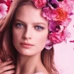 Anna Sui 'Romantica' Fragrance Ad