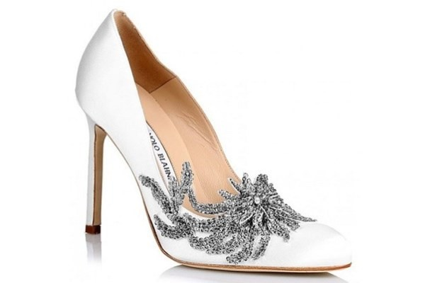 WTFSG_manolo-blahnik-fw15-bella-swan-wedding-shoes