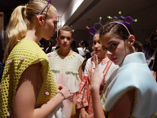WTFSG_mdis-graduate-fashion-festival-2015_behind-the-scenes_5