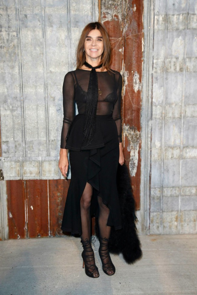 WTFSG_star-style-givenchy-spring-2016-fashion-show_Carine-Roitfeld