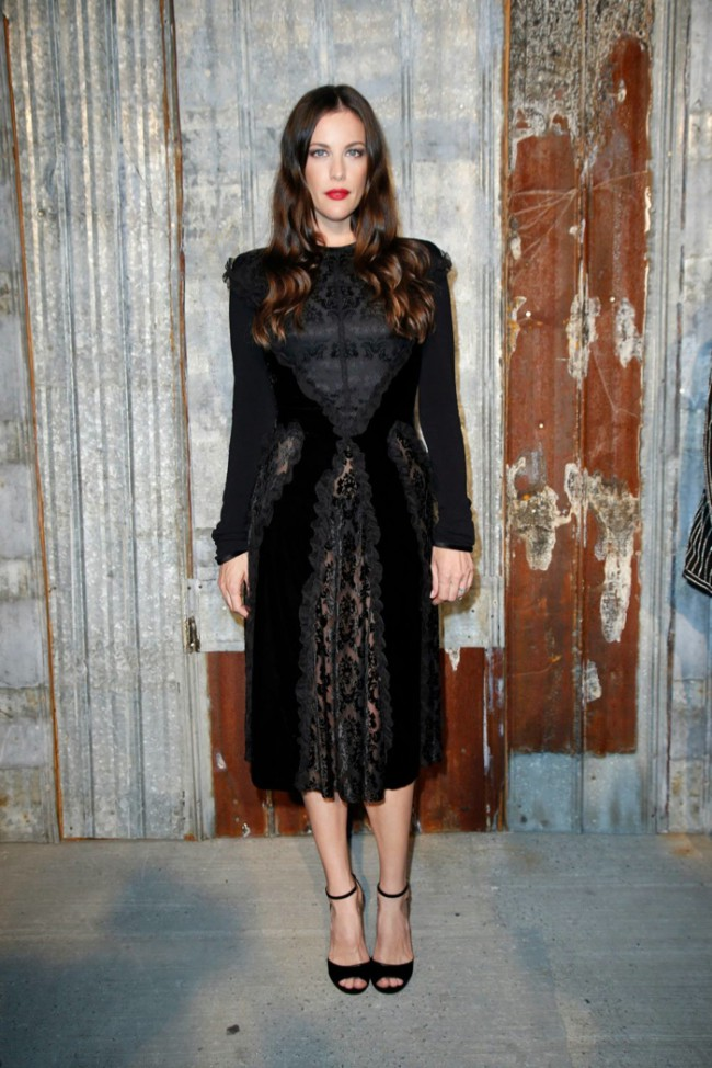 WTFSG_star-style-givenchy-spring-2016-fashion-show_Liv-Tyler
