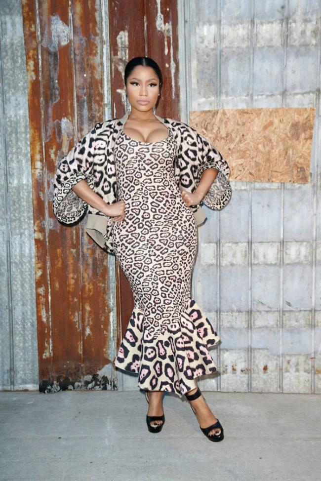 WTFSG_star-style-givenchy-spring-2016-fashion-show_Nicki-Minaj