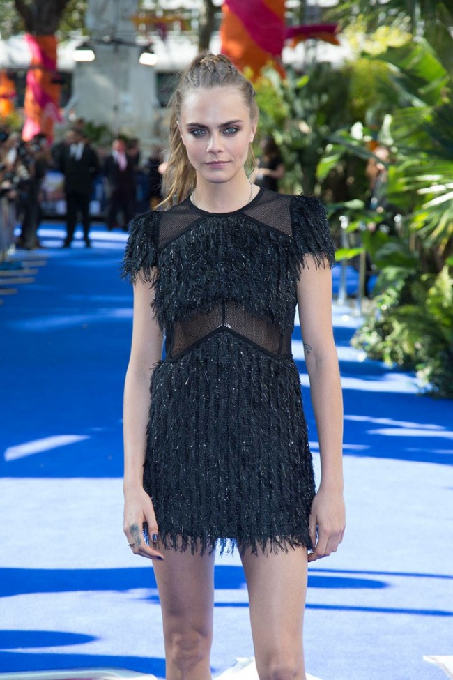 WTFSG_cara-delevingne-pan-london-premiere_Burberry-Dress