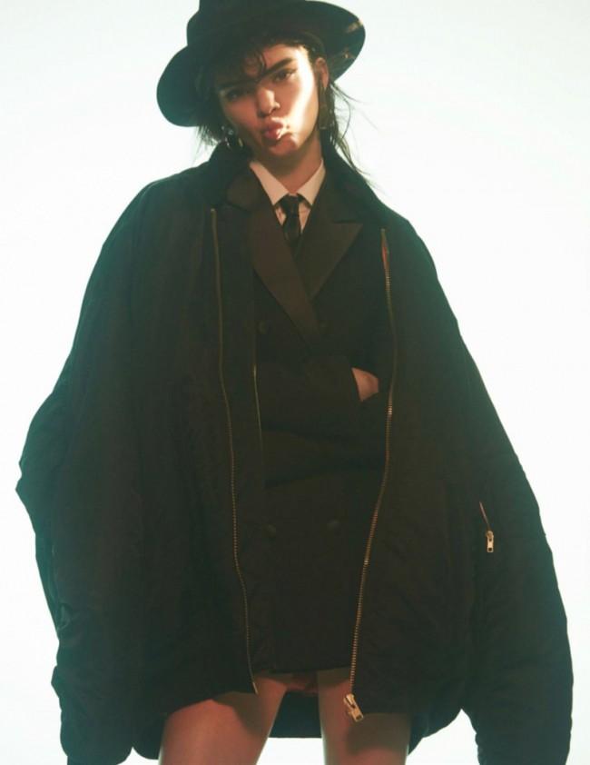 WTFSG_Kendall-Jenner-Vogue-Paris-October-2015-Editorial_10