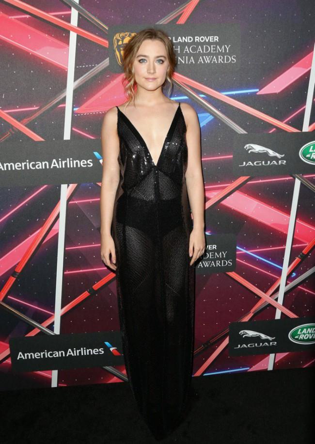 WTFSG_Saoirse-Ronan-Britannia-Awards-2015-Calvin-Klein-Black-Dress