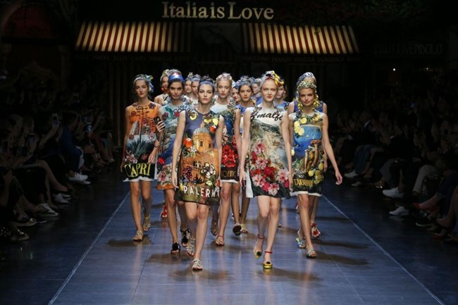 WTFSG_dolce-gabbana-italia-is-love-spring-2016-women_12