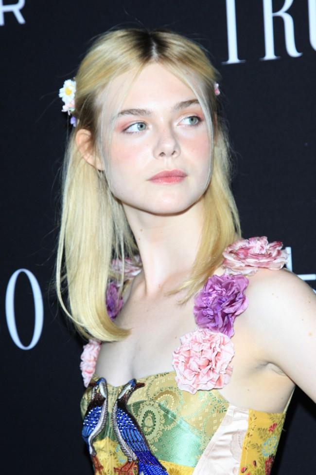 WTFSG_elle-fanning-gucci-floral-dress-trumbo-2015-premiere_2