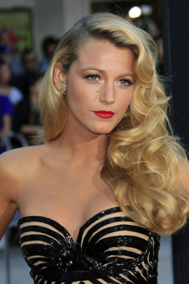 WTFSG_it-girl-famous-it-girls-fashion_Blake-Lively