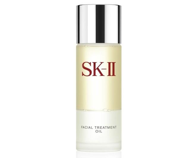 WTFSG_sk-ii-new-facial-treatment-oil_2