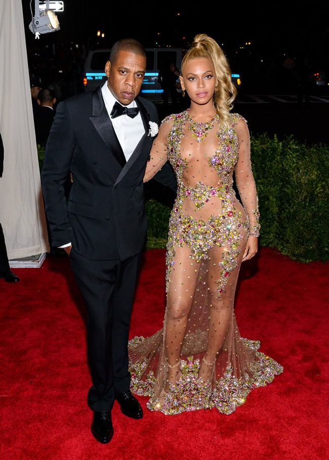 WTFSG_Beyonce-Sheer-Crystal-Givenchy-Met-Gala-2015-Look