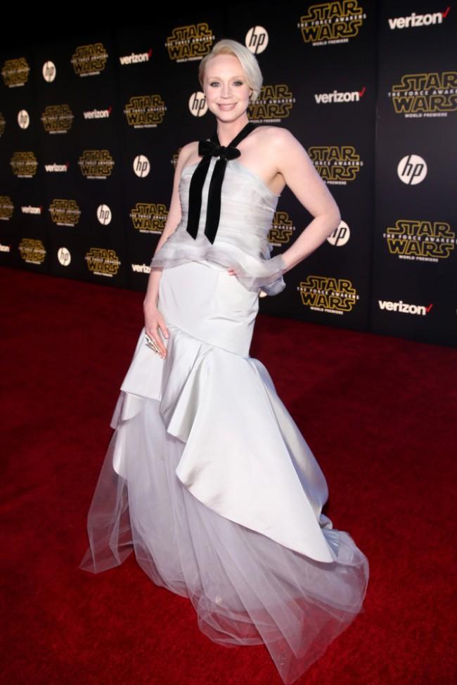 WTFSG_Gwendoline-Christie-Star-Wars-Premiere-Oscar-de-la-Renta-Gown