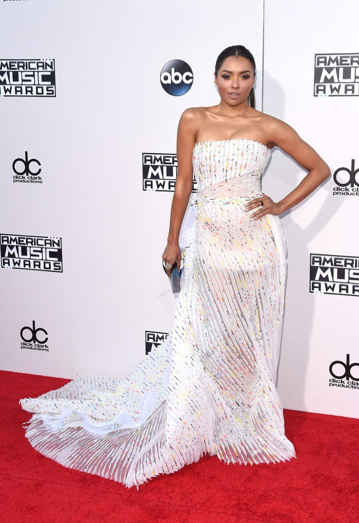 WTFSG_Kat-Graham-2015-American-Music-Awards-White-Dress