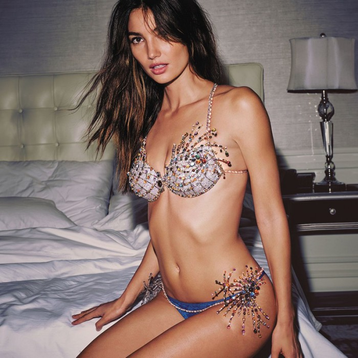 WTFSG_Lily-Aldridge-2015-Victorias-Secret-Fantasy-Bra_2