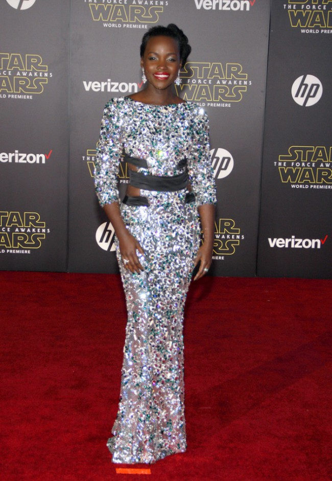 WTFSG_Lupita-Nyongo-Star-Wars-Premiere-Alexandre-Vauthier-Couture-Gown