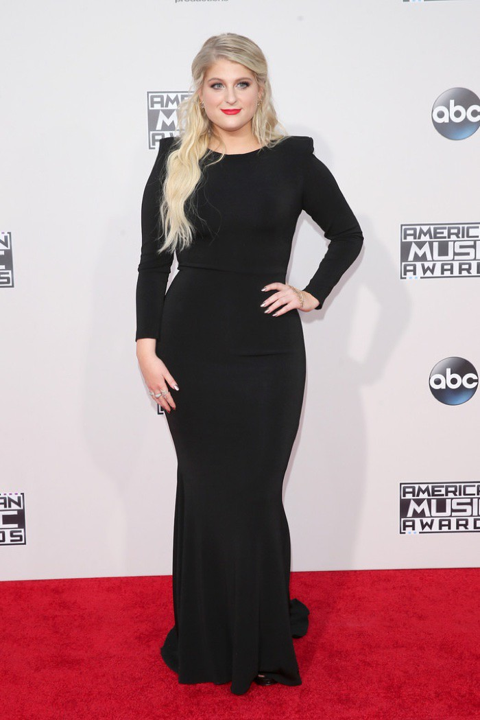 WTFSG_Meghan-Trainor-2015-American-Music-Awards-Michael-Costello-Black-Dress
