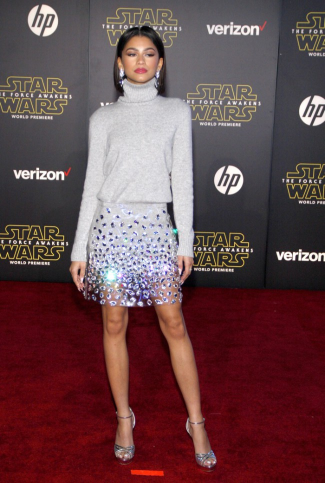 WTFSG_Zendaya-Star-Wars-Premiere-Michael-Kors-Sweater-Skirt