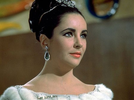WTFSG_elizabeth-taylor-laid-to-rest-in-style_2