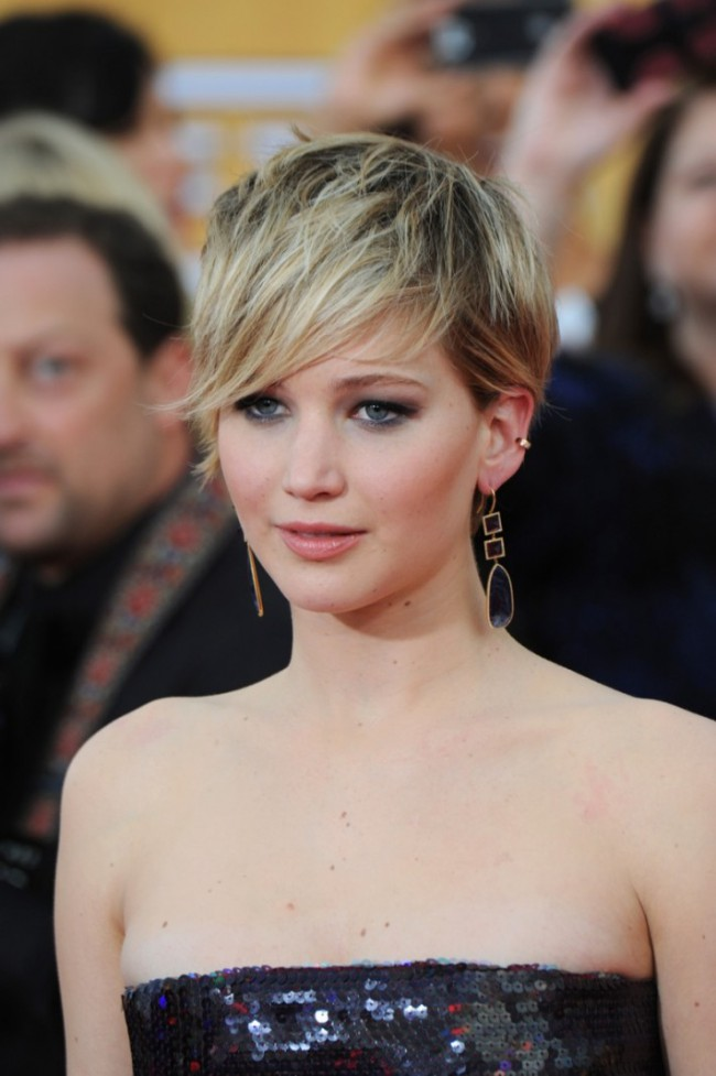 WTFSG_jennifer-lawrence-pixie-cut