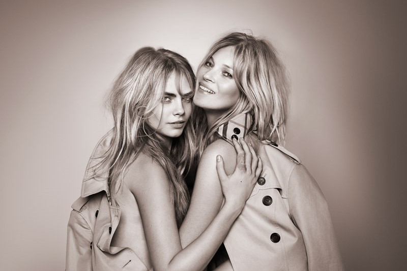 WTFSG_kate-moss-cara-delevingne-my-burberry-2015_1