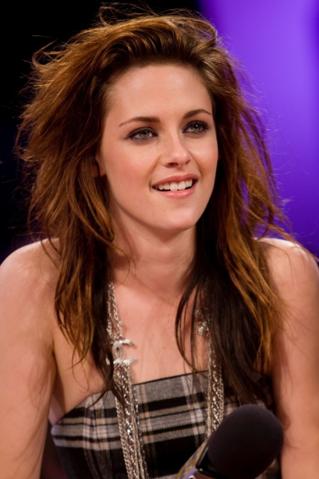 WTFSG_kristen-stewart-messy-brown-hair