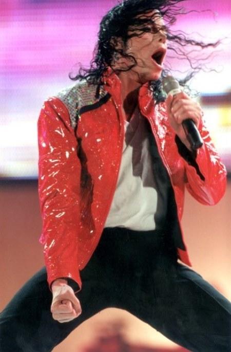 WTFSG_michael-jackson_MJ-death_2