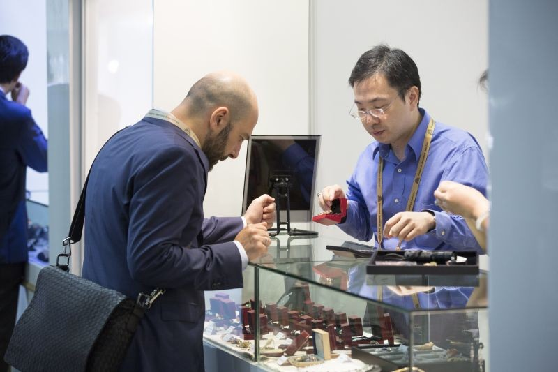 WTFSG_singapore-jewellery-gem-fair-2015-show_7
