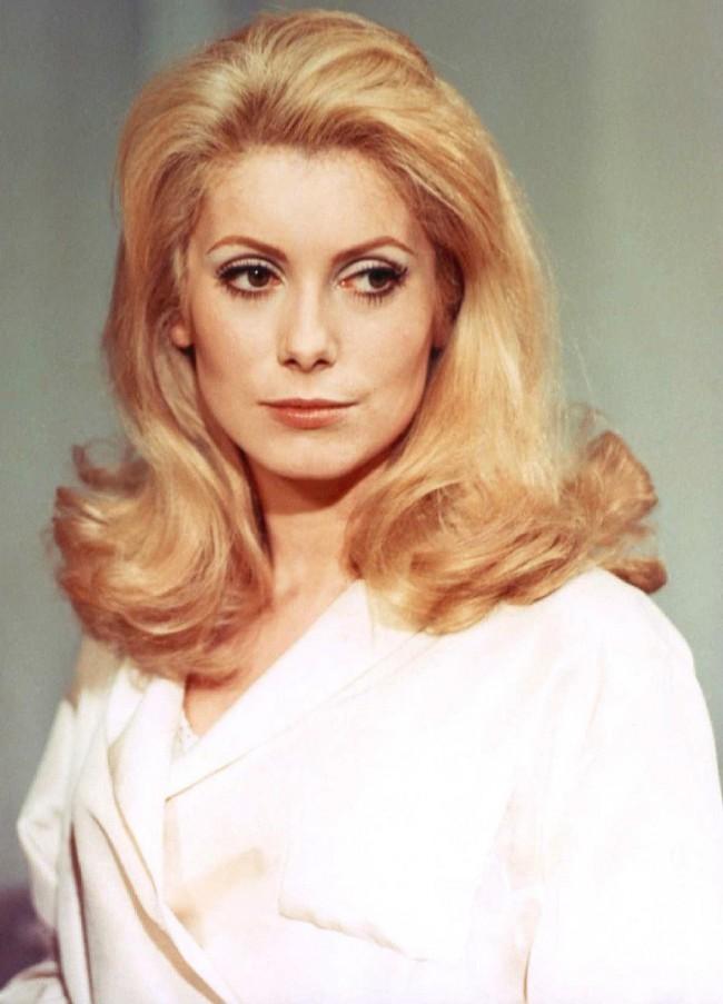 WTFSG_1960s-hairstyles-celebrities_Catherine-Deneuve