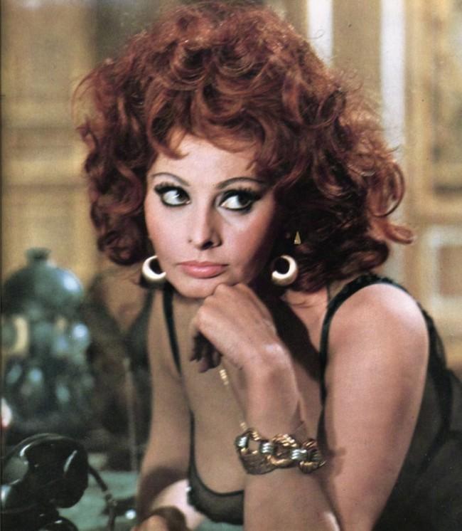 WTFSG_1960s-hairstyles-celebrities_sophia-loren