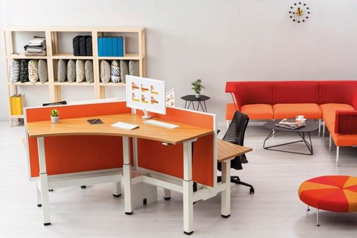 WTFSG_augment-office-furniture-herman-miller-adjusts-height