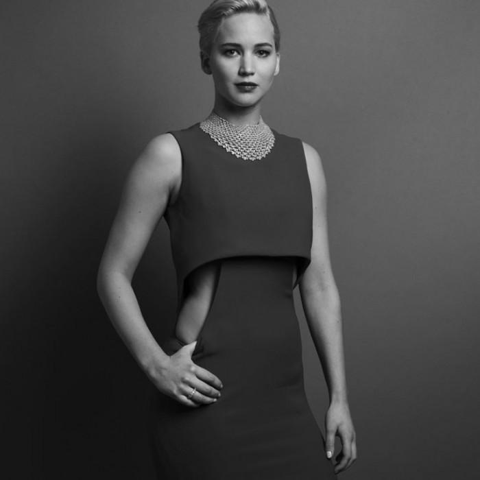 WTFSG_golden-globes-2016-portraits_Jennifer-Lawrence